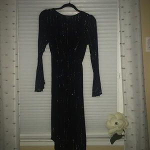 Dresses & Skirts - Black Sparkly Top Dress